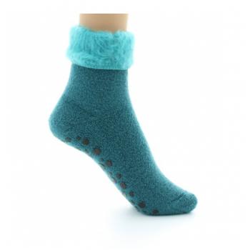 Non-slip slipper in green...