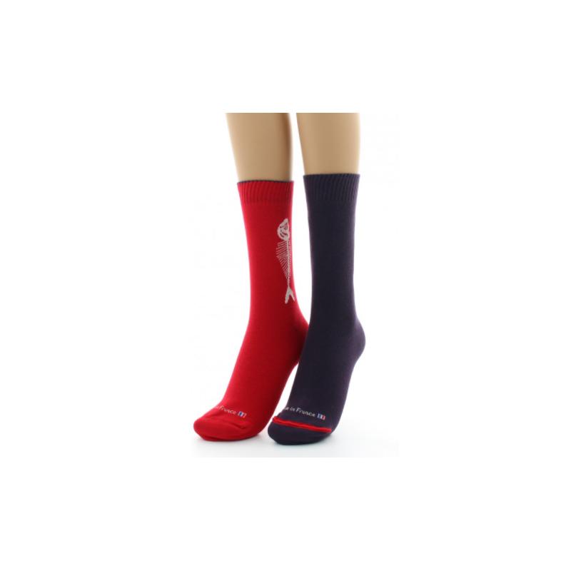 Reversible Dagobert-Socke mit rotem und sardinenfarbenem Aufschlag